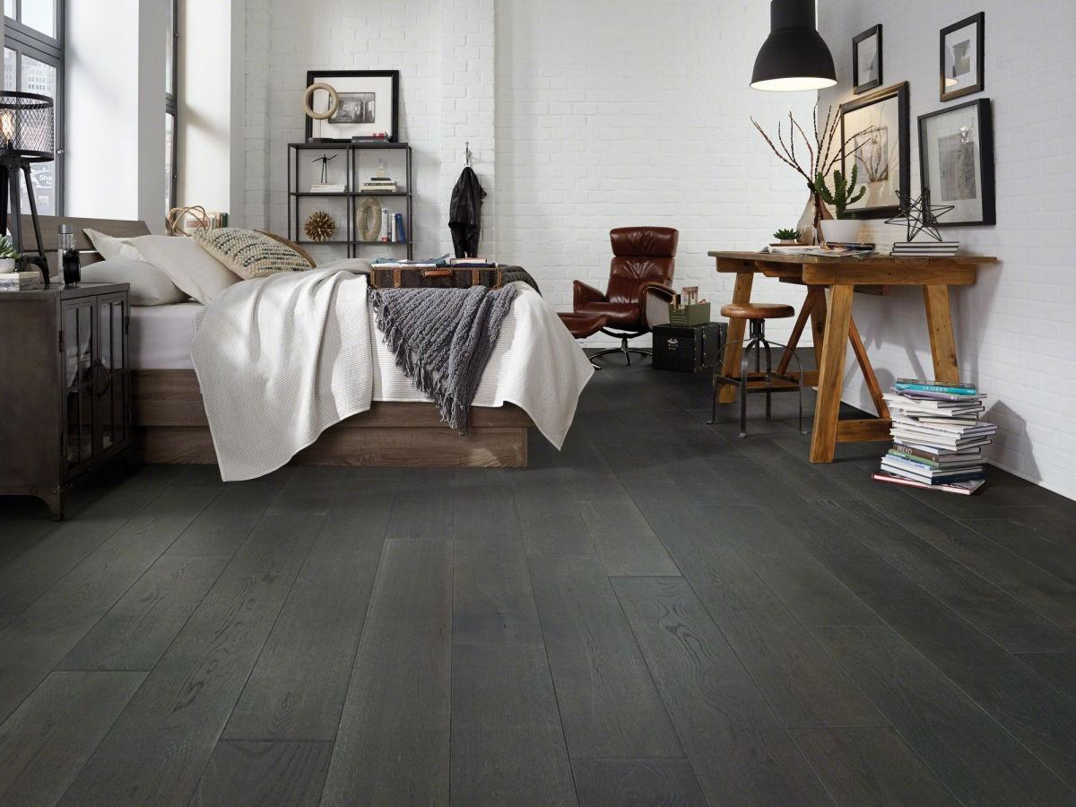 Mixing Metals in Bedroom | IQ Floors