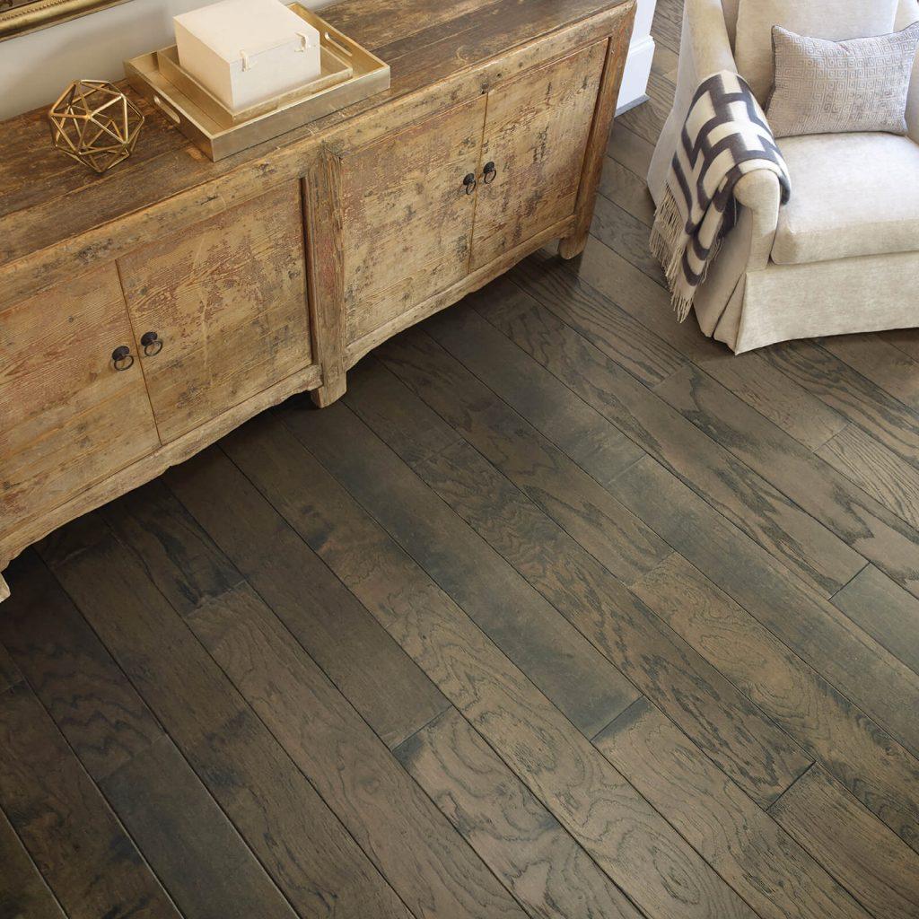 Hardwood flooring | IQ Floors